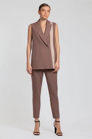 Укороченные брюки зауженного кроя VASSA&Co. Цвет: коричневый
