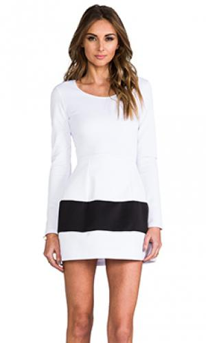 Платье marilyn Boulee. Цвет: белый