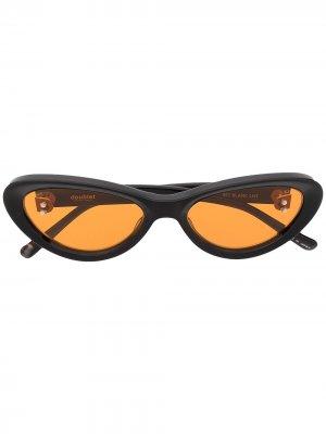 Солнцезащитные очки Flame Doublet. Цвет: коричневый
