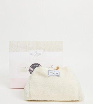 Эксклюзивная косметичка из искусственного меха на затягивающемся шнурке Flat Lay Co. X ASOS Exclusive-Бесцветный Company