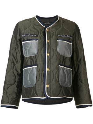 Стеганая куртка-бомбер с вышивкой Undercover. Цвет: зелёный