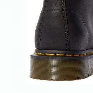 939 Ben Boot Greasy Dr. Martens. Цвет: чёрный