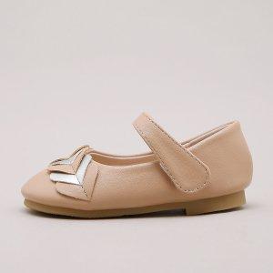 Для девочек Туфли мэри джейн с сердечком SHEIN. Цвет: коричневые