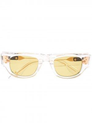 Солнцезащитные очки в квадратной оправе с затемненными линзами Dita Eyewear. Цвет: белый