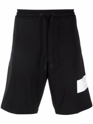 Embossed logo track shorts Calvin Klein Jeans. Цвет: черный