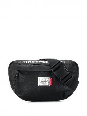 Поясная сумка с логотипом Herschel Supply Co.. Цвет: черный