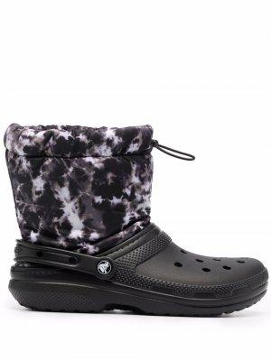 Утепленные кроксы с кулиской Crocs. Цвет: черный