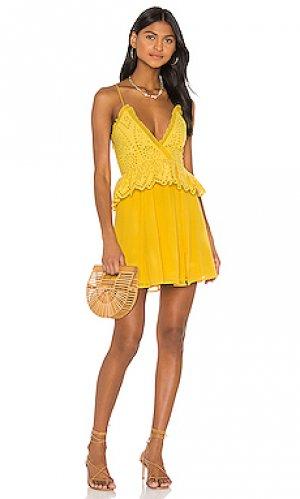 Мини платье jordina Tularosa. Цвет: горчичный