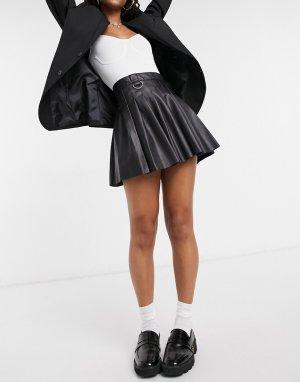 Черная плиссированная теннисная мини-юбка из искусственной кожи -Черный Bershka