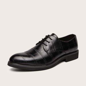 Мужские броги на шнуровке с крокодиловым тиснением SHEIN. Цвет: чёрный
