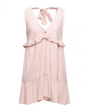 Короткое платье KAOS. Цвет: светло-розовый