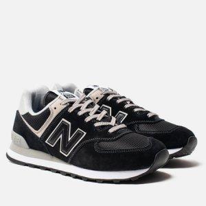 Мужские кроссовки ML574EGK Essential New Balance. Цвет: чёрный
