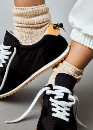 Комбинированные кроссовки из кожи - Delti Mango. Цвет: черный