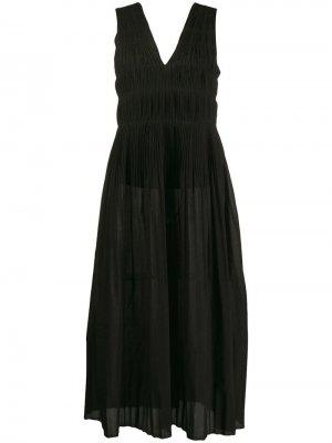 Платье миди с микроплиссировкой Alysi. Цвет: черный