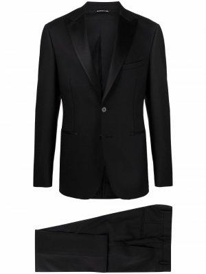 Вечерний костюм с однобортным пиджаком Tonello. Цвет: черный