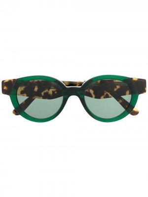 Солнцезащитные очки в круглой оправе KYme. Цвет: зеленый