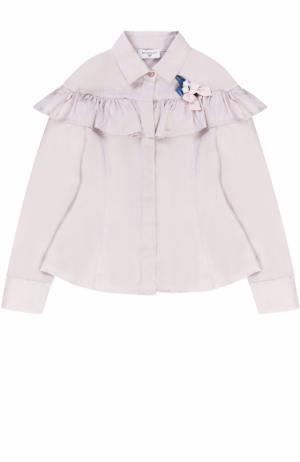 Блуза с оборкой и декоративной брошью Monnalisa. Цвет: розовый