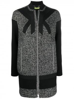 Пальто с длинными рукавами Versace Jeans Couture. Цвет: черный