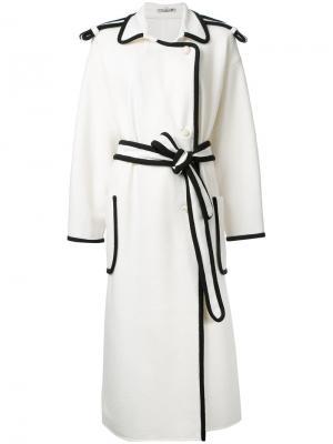Пальто с поясом Edeline Lee. Цвет: белый