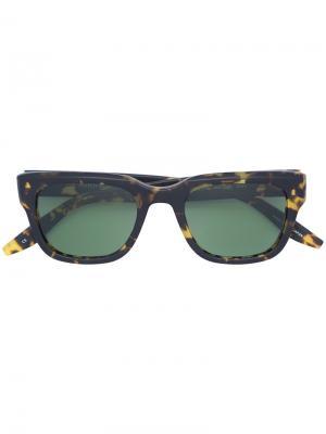 Солнцезащитные очки в квадратной оправе Barton Perreira. Цвет: коричневый