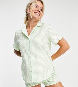 Эксклюзивная пижама мятного цвета с рубашкой и шортами из жатой ткани в клетку оборками ASOS DESIGN Maternity-Multi Maternity