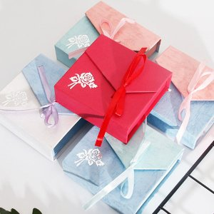 1шт Шкатулка для драгоценностей с бантом случайного цвета SHEIN. Цвет: многоцветный