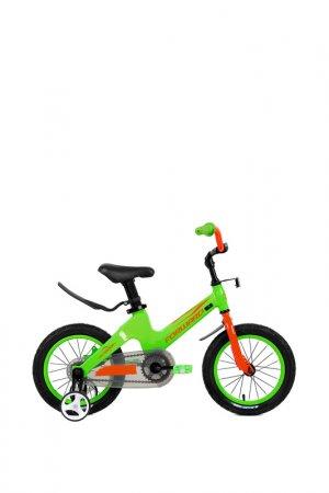 В Forward. Цвет: зеленый