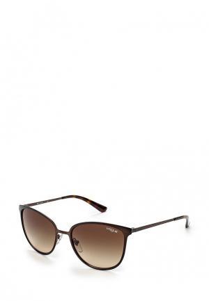 Очки солнцезащитные Vogue® Eyewear VO4002S 934S13. Цвет: коричневый