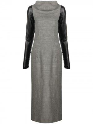 Платье 2000-х годов с контрастными рукавами Gianfranco Ferré Pre-Owned. Цвет: серый