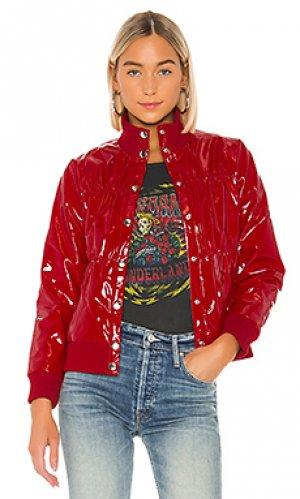 Дутая куртка Chaser. Цвет: красный