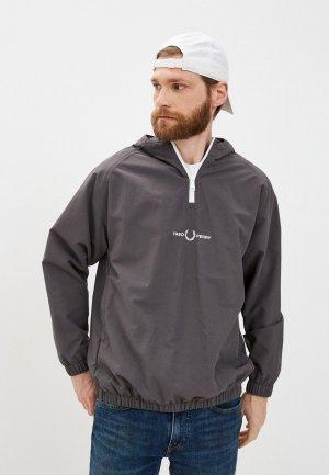 Куртка Fred Perry. Цвет: серый
