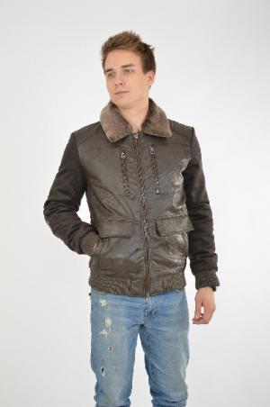 Куртка CONVER. Цвет: коричневый