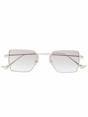 Солнцезащитные очки Wavy I в квадратной оправе EQUE.M. Цвет: серебристый