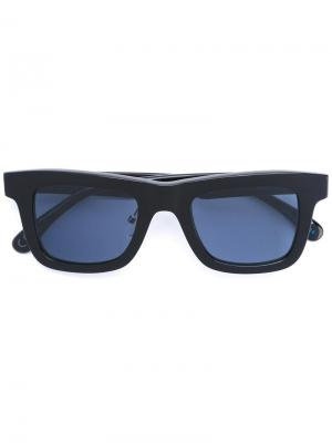 Солнцезащитные очки с квадратной оправой Italia Independent. Цвет: черный