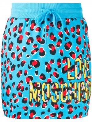 Спортивная юбка с леопардовым принтом Love Moschino. Цвет: синий