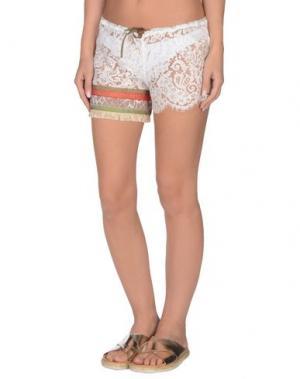 Пляжные брюки и шорты AMORISSIMO. Цвет: белый