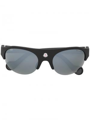 Солнцезащитные очки в овальной оправе Moncler Eyewear. Цвет: чёрный