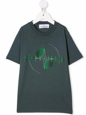 Logo-print short-sleeved T-shirt Stone Island Junior. Цвет: зеленый