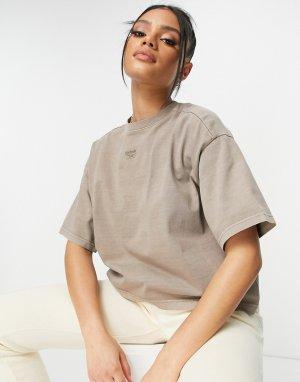 Серая окрашенная натуральными красителями футболка укороченного кроя с логотипом по центру -Серый Reebok