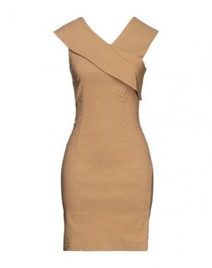 Короткое платье LIVIANA CONTI. Цвет: хаки
