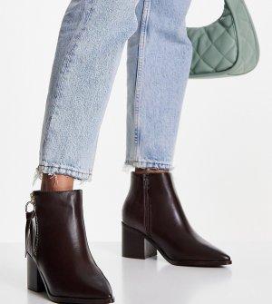 Светло-коричневые ботильоны с острым носком для очень широкой стопы Simply Be Rosalie-Коричневый цвет Wide Fit