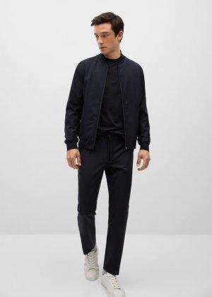 Технологичные брюки из шерсти можно хранить в сложенном виде - Bergamo Mango. Цвет: темно-синий