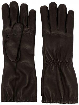 Перчатки со сборками Bottega Veneta. Цвет: коричневый