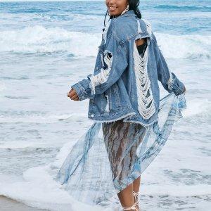 С карманами Одноцветный Повседневный Джинсовая куртка размера плюс SHEIN. Цвет: синий цвет средней стирки