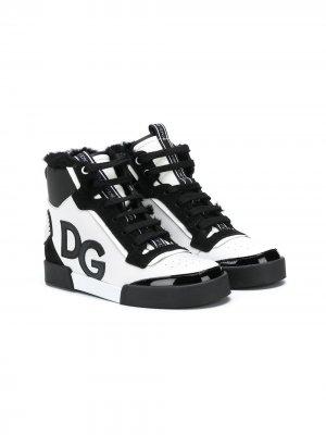 Слипоны с нашивкой-логотипом DG Dolce & Gabbana Kids. Цвет: черный