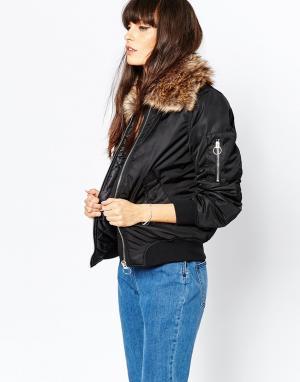 Куртка-пилот с искусственным мехом на капюшоне Vero Moda. Цвет: черный