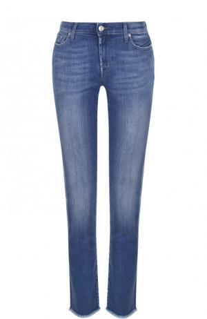 Укороченные джинсы-скинни с потертостями 7 For All Mankind. Цвет: голубой