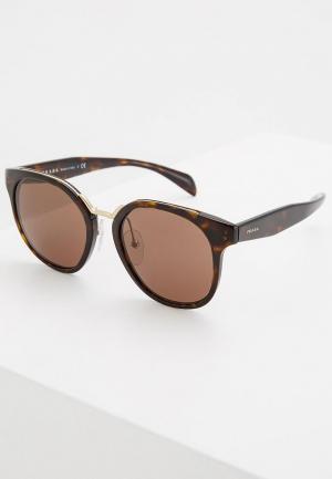 Очки солнцезащитные Prada PR 17TS 2AU8C1. Цвет: коричневый