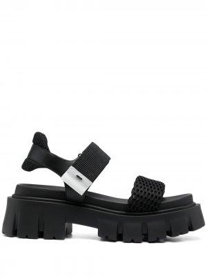 Массивные сандалии Premiata. Цвет: черный