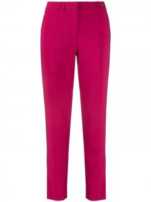 Прямые брюки John Richmond. Цвет: розовый